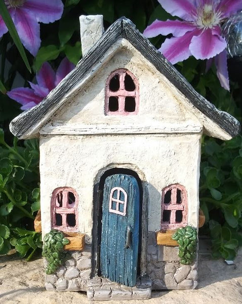 Carriage Lane Fairy Cottage: Fairy Garden Miniature House
