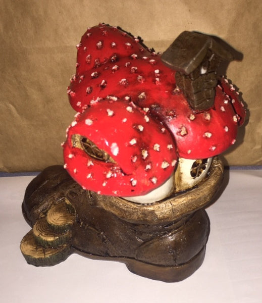 Old Shoe Mushroom Fairy Cottage: Fairy Garden house - Baby Feathers Gift Shop - 2