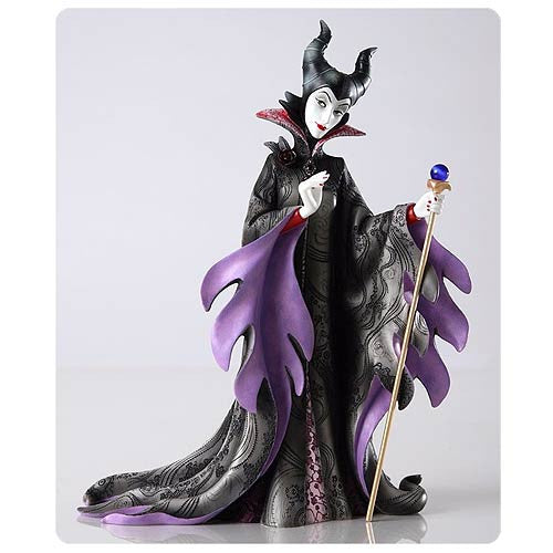Maleficent Couture de Force Statue: Disney Showcase Sleeping Beauty - Baby Feathers Gift Shop