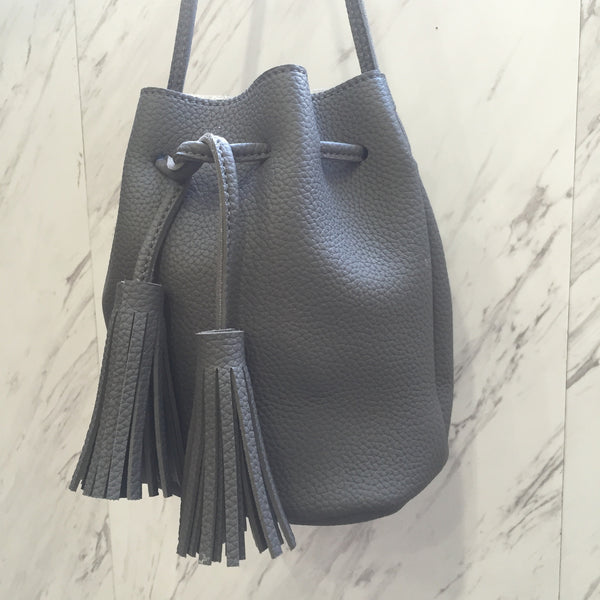 Becky Bucket Bag Grey
