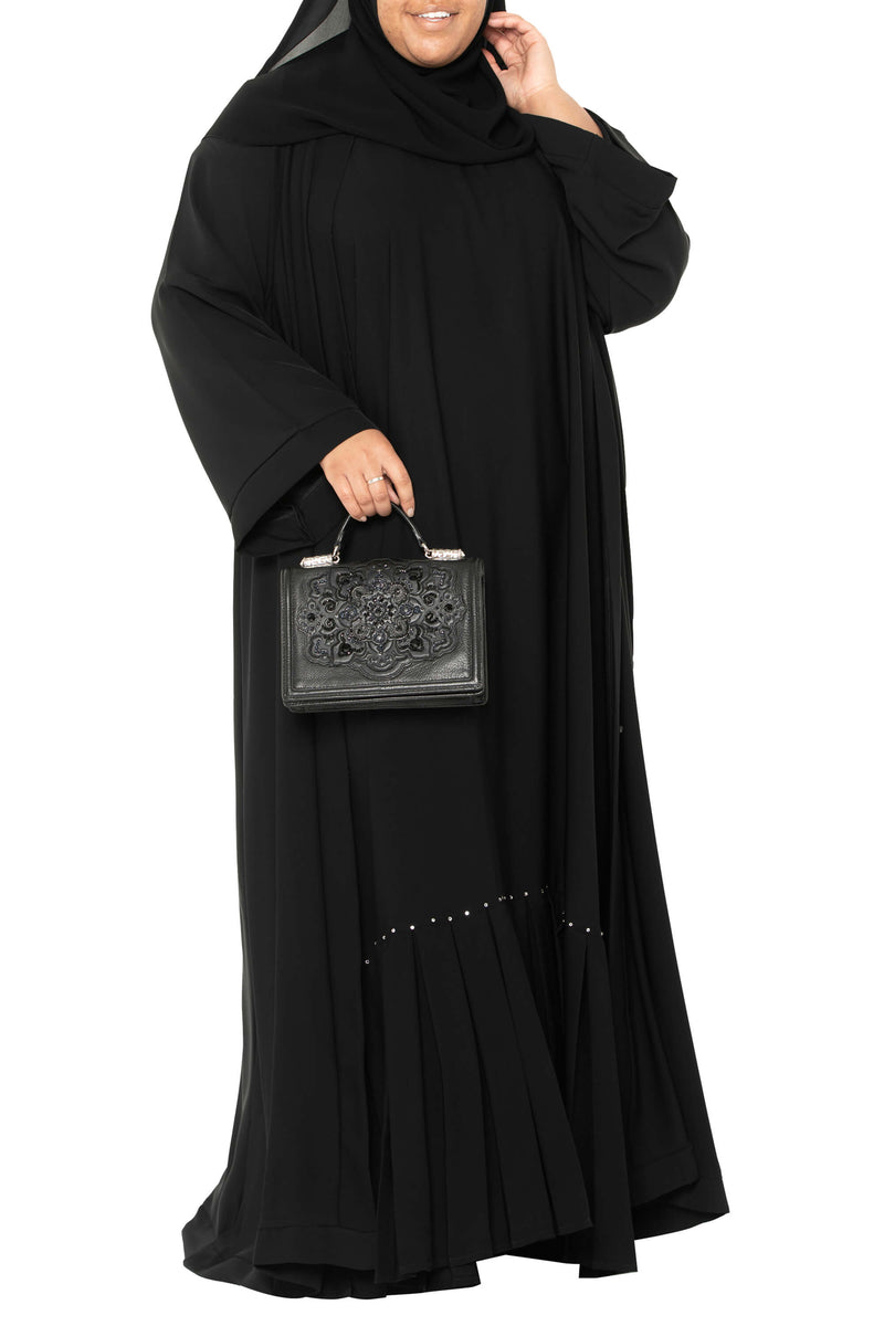 Plus Size Essential Maxi in Classic Black | Al Shams Abayas 10
