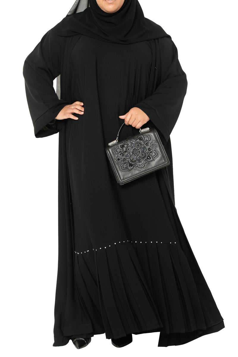 Plus Size Essential Maxi in Classic Black | Al Shams Abayas 11