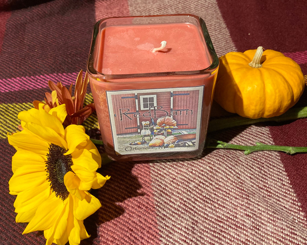 Red Barn Candle- Mulled Cider