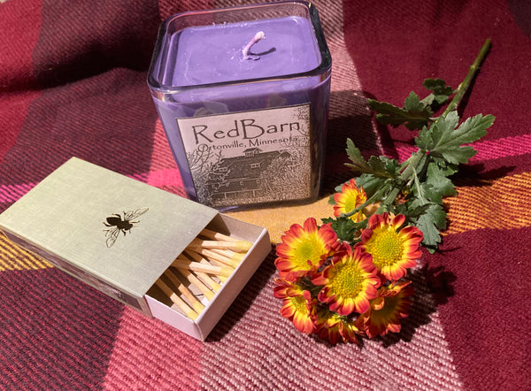 Red Barn Candle- Cashmere Plum