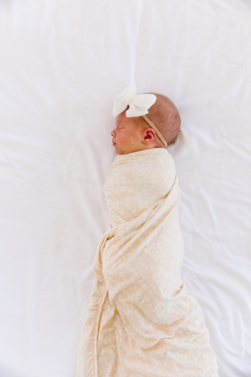 Isla Essential Newborn Bundle (Headband)