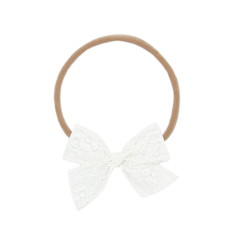 Vintage - Ivory Floral Lace Bow