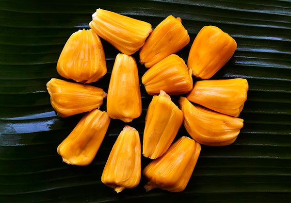 fresh orange jackfruit ready to eat