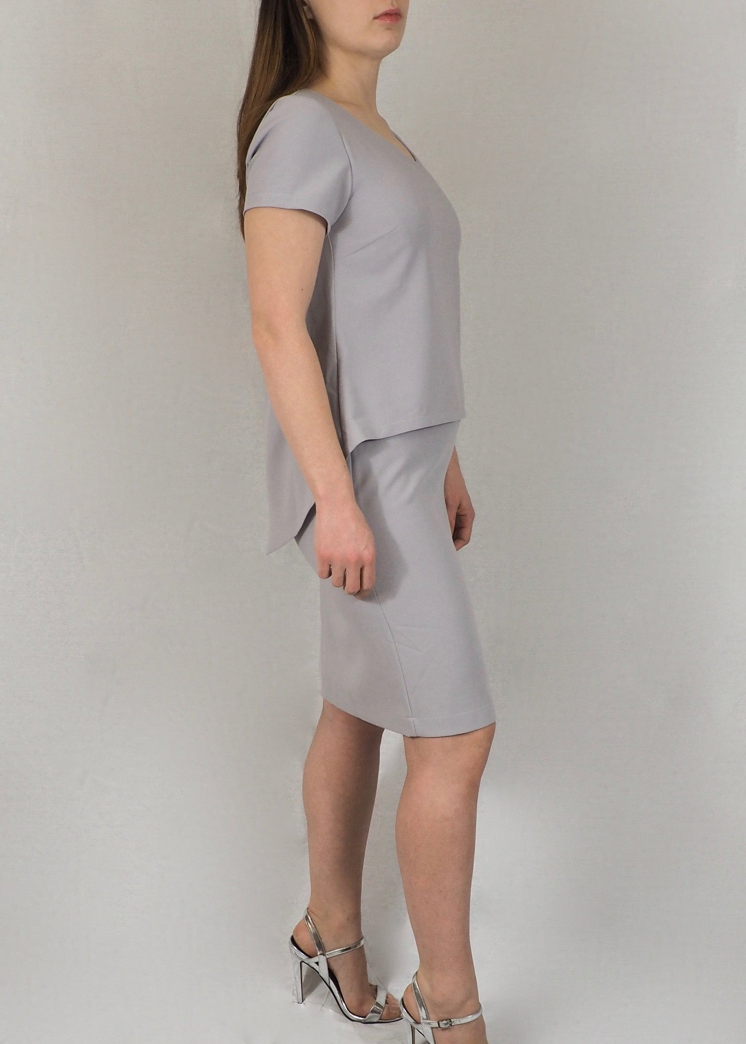 Split-Back Breastfeeding Dress - Grey