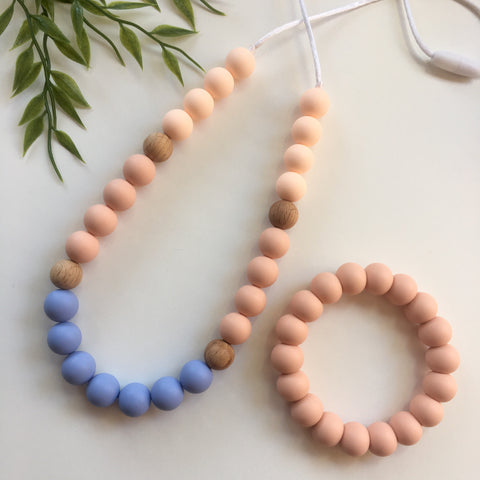 WINTER Silicone & Beech Wood Mum Necklace