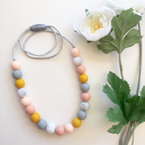 Mila Silicone Mum Necklace