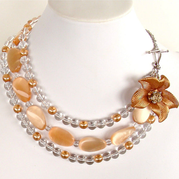 Apricot collar necklace