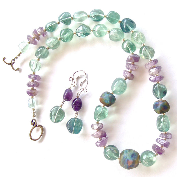 Art Glass Necklace with Purple and Green Gemstones