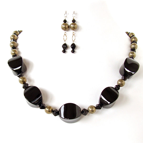 Harlequin: Black High Fashion Necklace