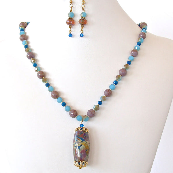 Avery: Blue Pendant Necklace Set