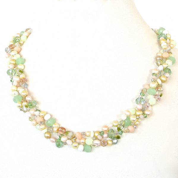Braided Necklace in Crystal and Pearls