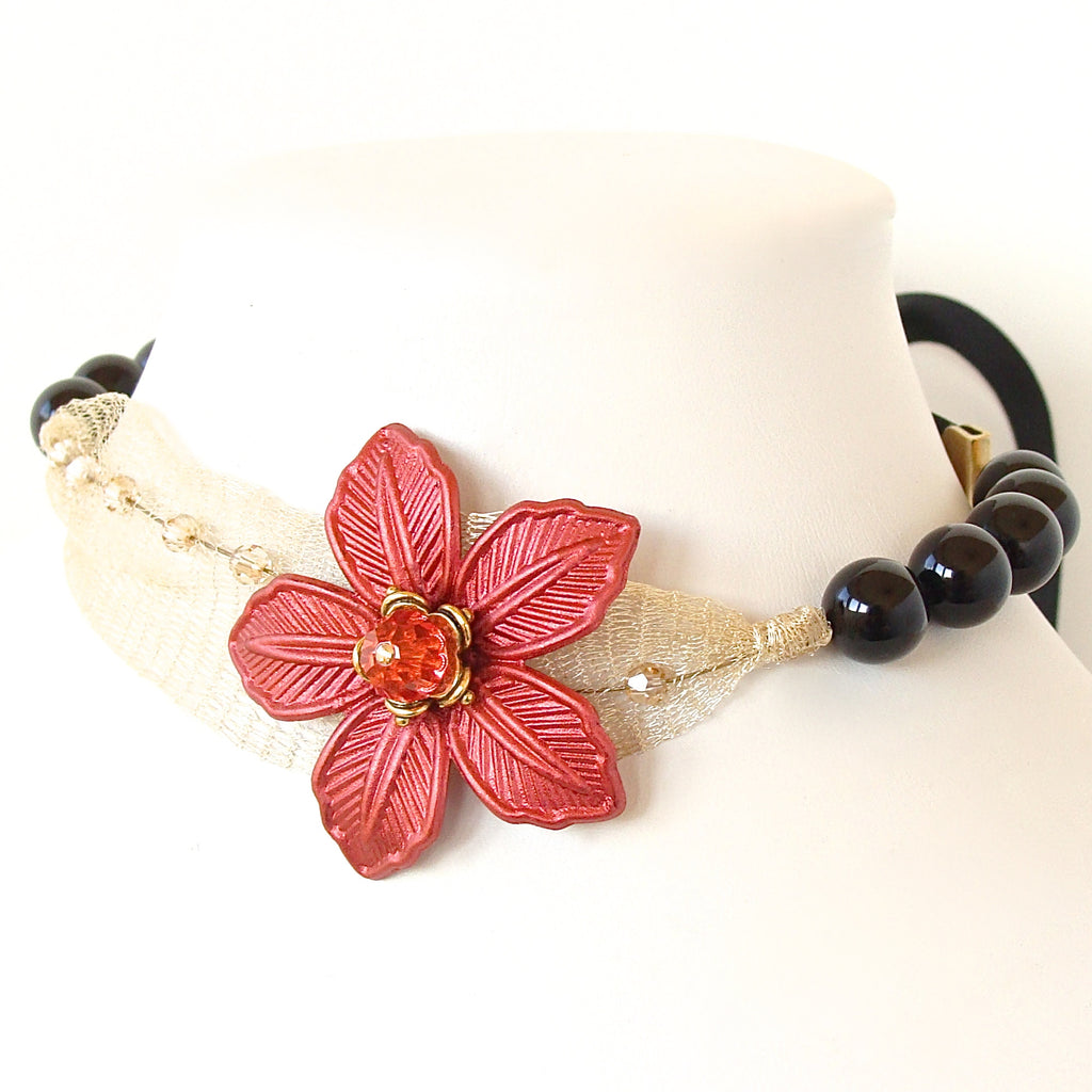 Chloe Flower Choker – Earth and Moon Design
