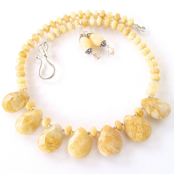 Cream Beaded Necklace Set