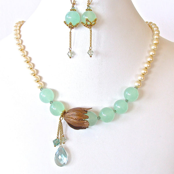 Green Chalcedony Necklace Set
