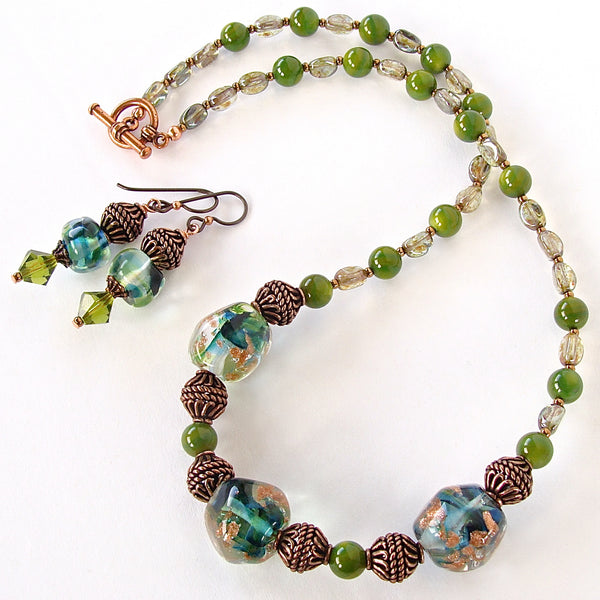 Green glass necklace set
