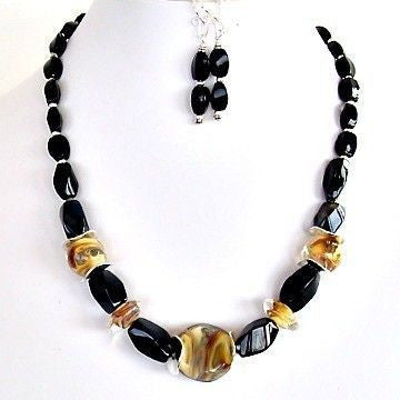 Handblown glass and onyx necklace