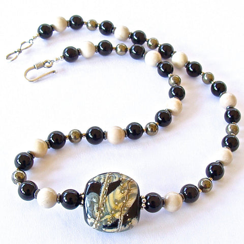 Handmade Black and White Beaded Jewelry
