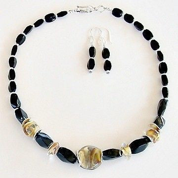 "Desert Sands: 17.5"" Artisan Lampwork and Onyx Necklace Set"