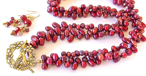 Handmade Red Pearl Necklace