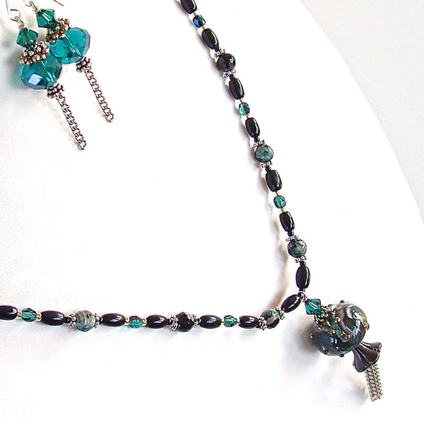 "Cat's Eye: 24"" Art Glass and Tassel Necklace"