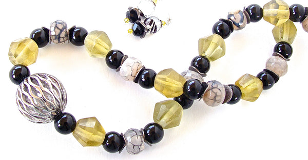 handmade onyx and yellow necklace set