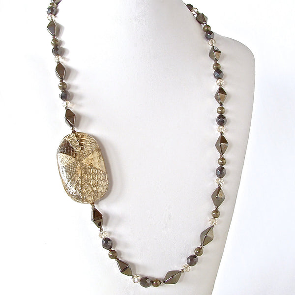 Diamondback: Silver Beaded Necklace