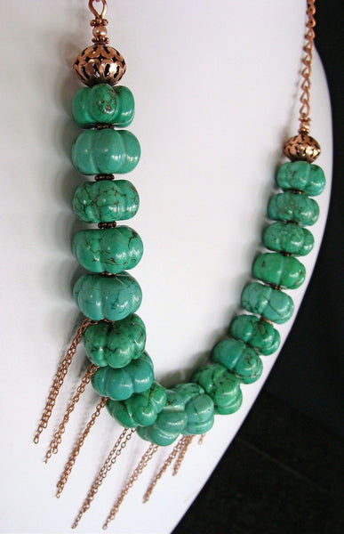 Mountain Song: Handmade Green Necklace Set