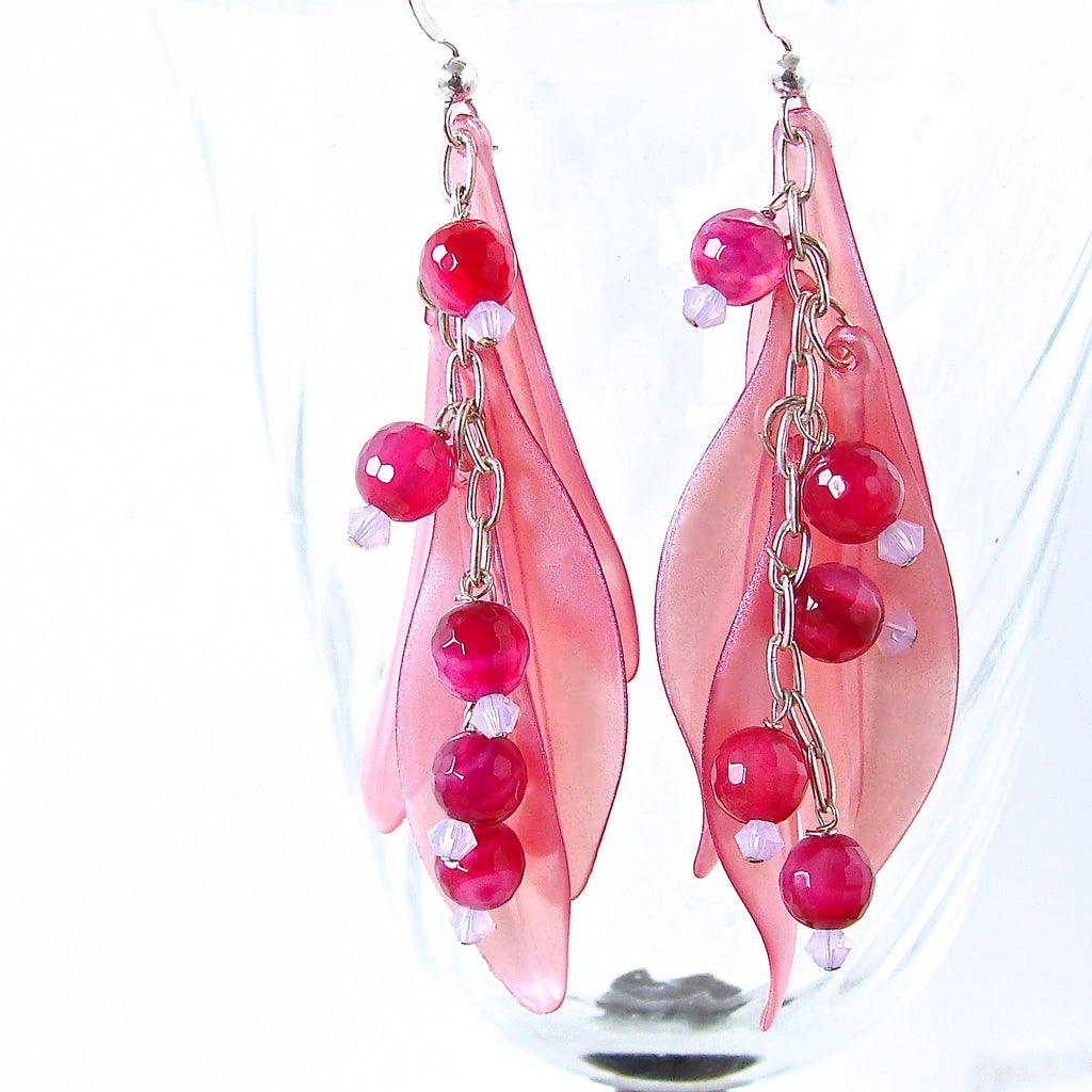 dangle earrings in pink