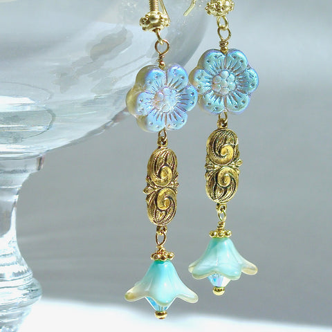 dangle earrings with flowers