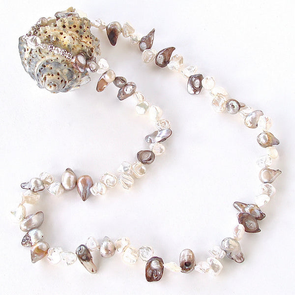 petal pearl necklace with magnetic clasp