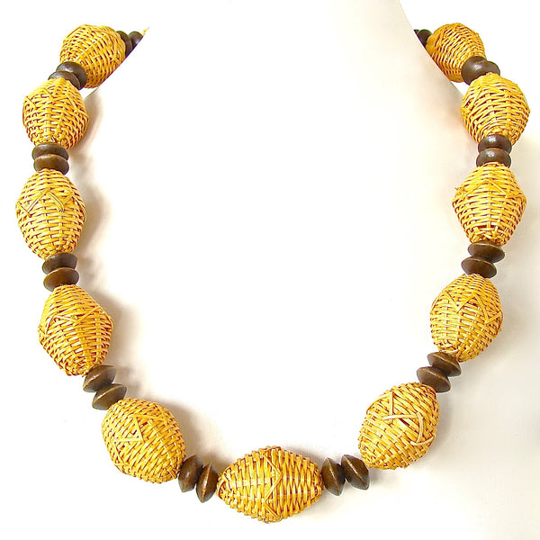 raffia necklace