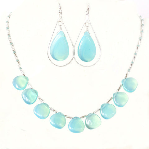 summer Necklace in aqua