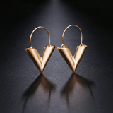 V LV Hollow Dangle Hoop Love Earrings LV Louis Vuitto Essential Jewellery Style Designer Inspired Womens Girls Gold