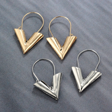 V LV Hollow Dangle Hoop Love Earrings LV Louis Vuitto Essential Jewellery Style Designer Inspired Womens Girls Silver Gold