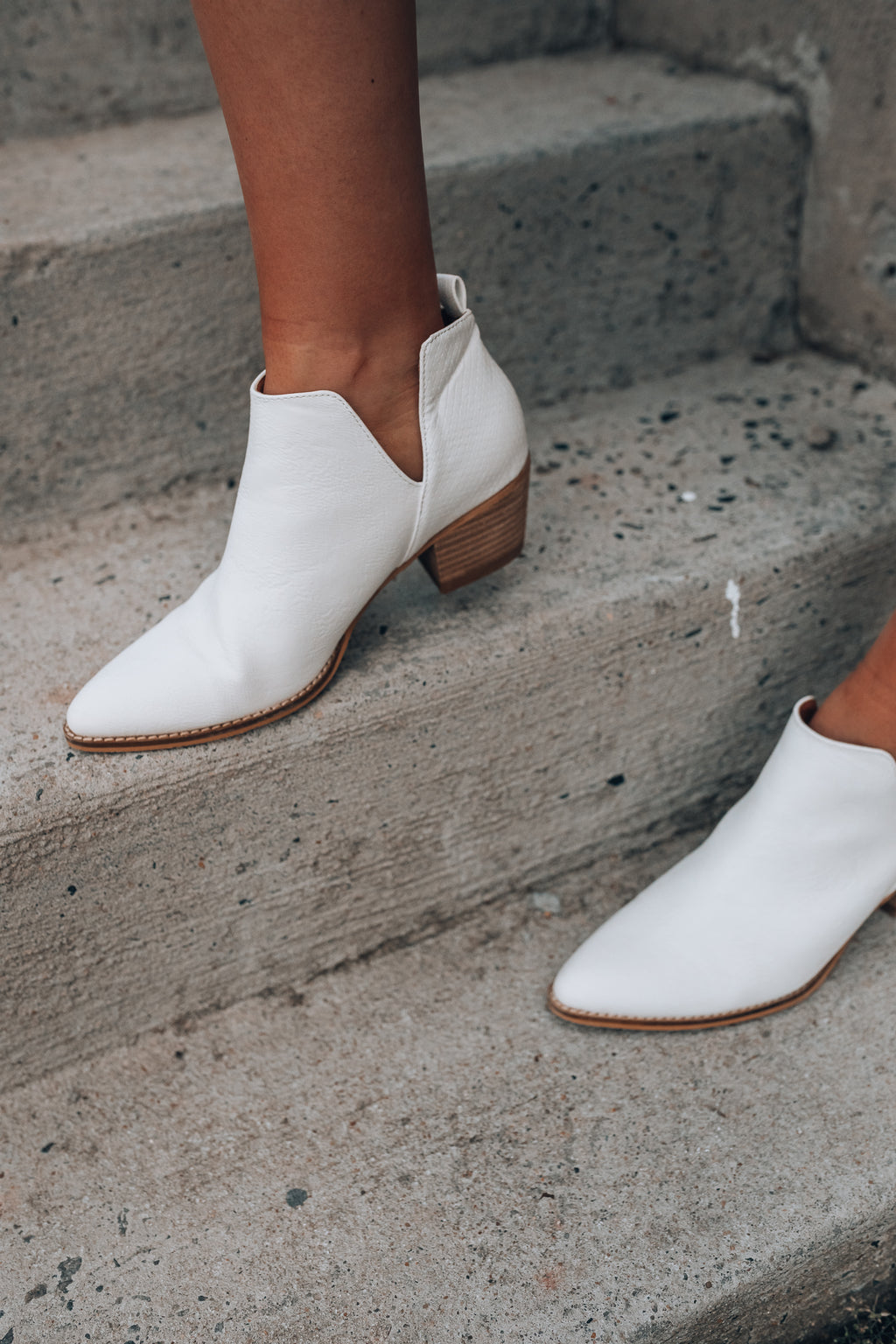 Sedona Booties (White) - FINAL SALE