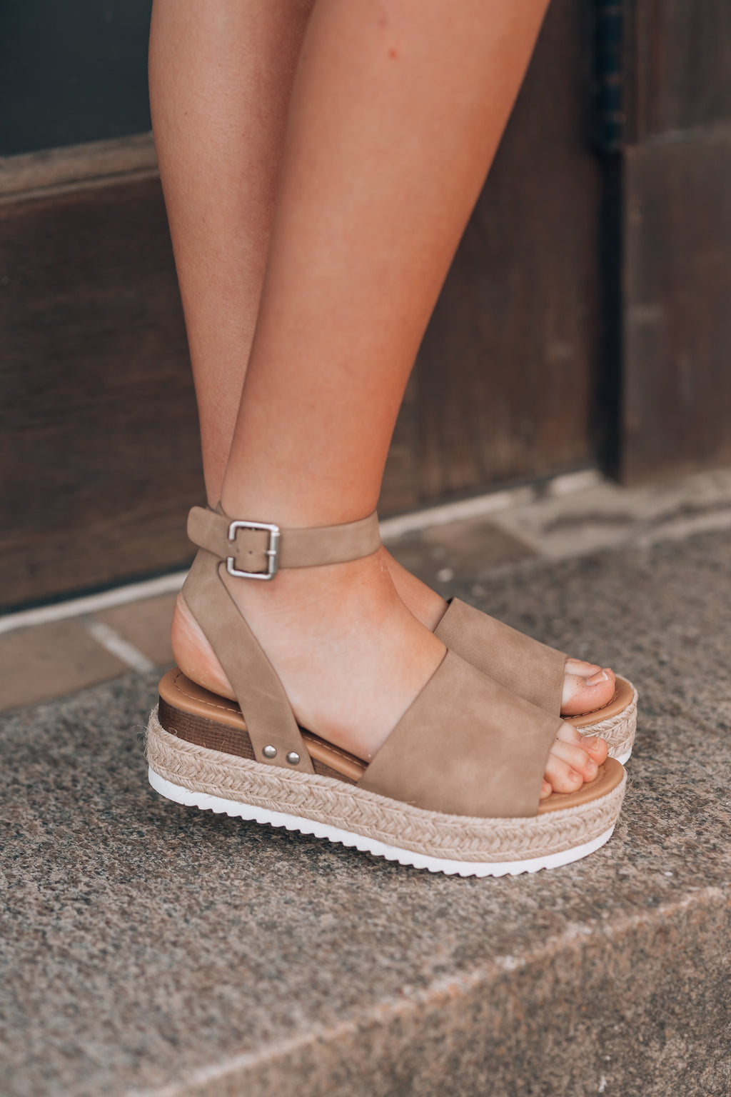 Standard Issue Platform Sandals (Taupe)