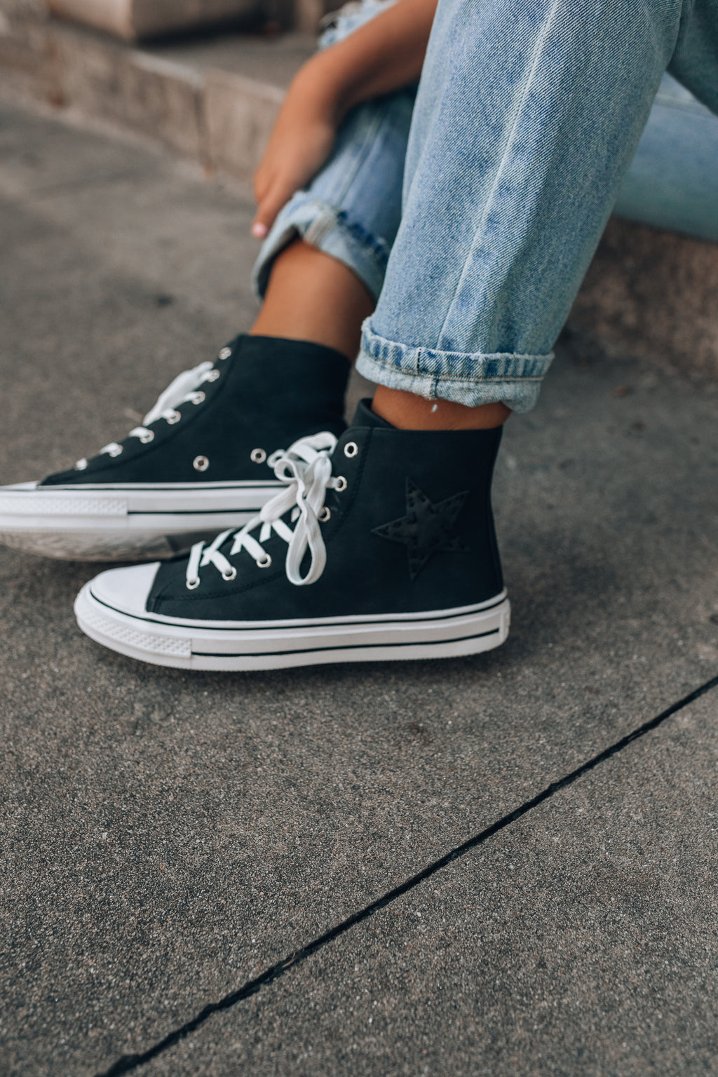 Shooting Star Sneakers (Black)