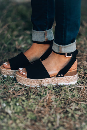 Standard Issue Platform Sandals (Black)