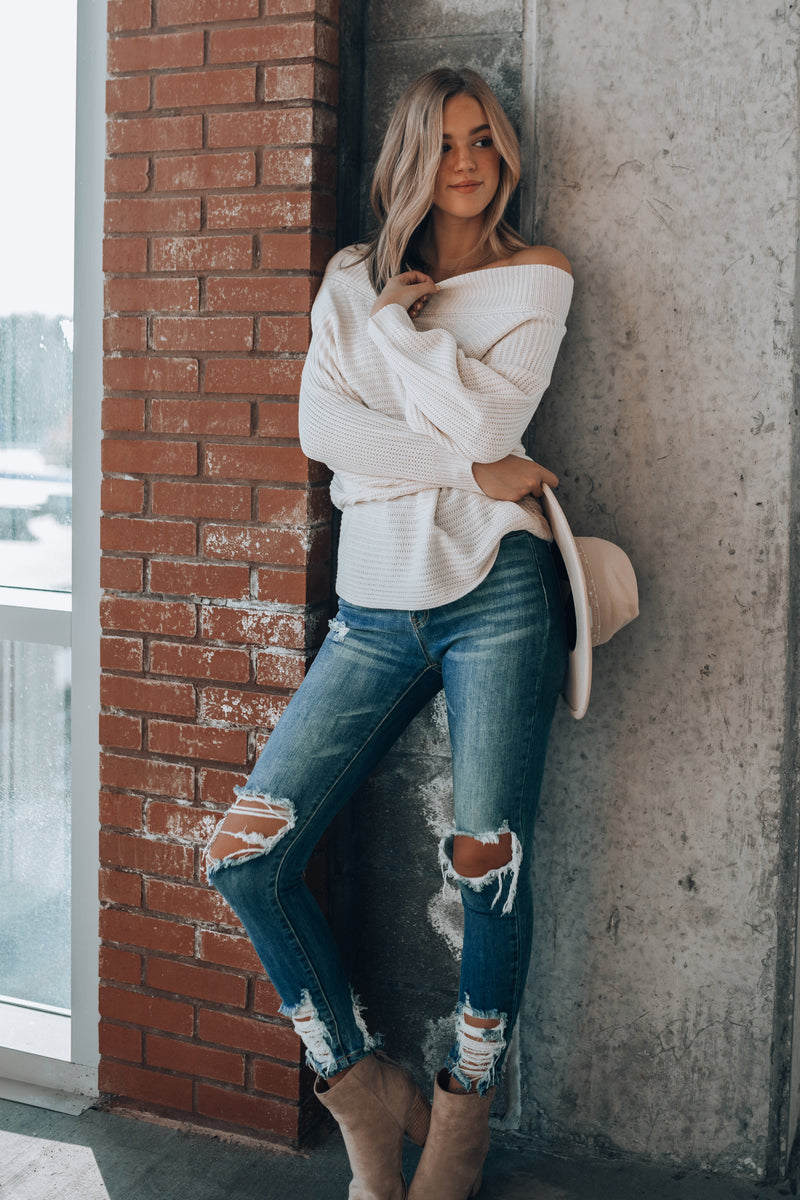 Zia Off Shoulder Sweater (Ivory)