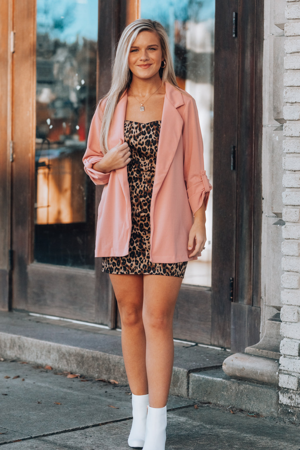 Business Casual Blazer (Blush)
