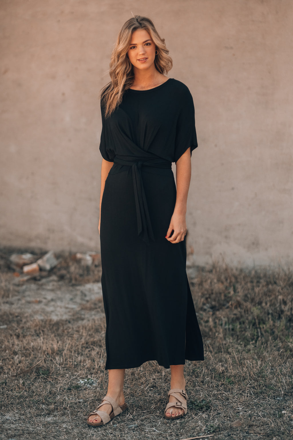 Simple And Clean Maxi Dress (Black)