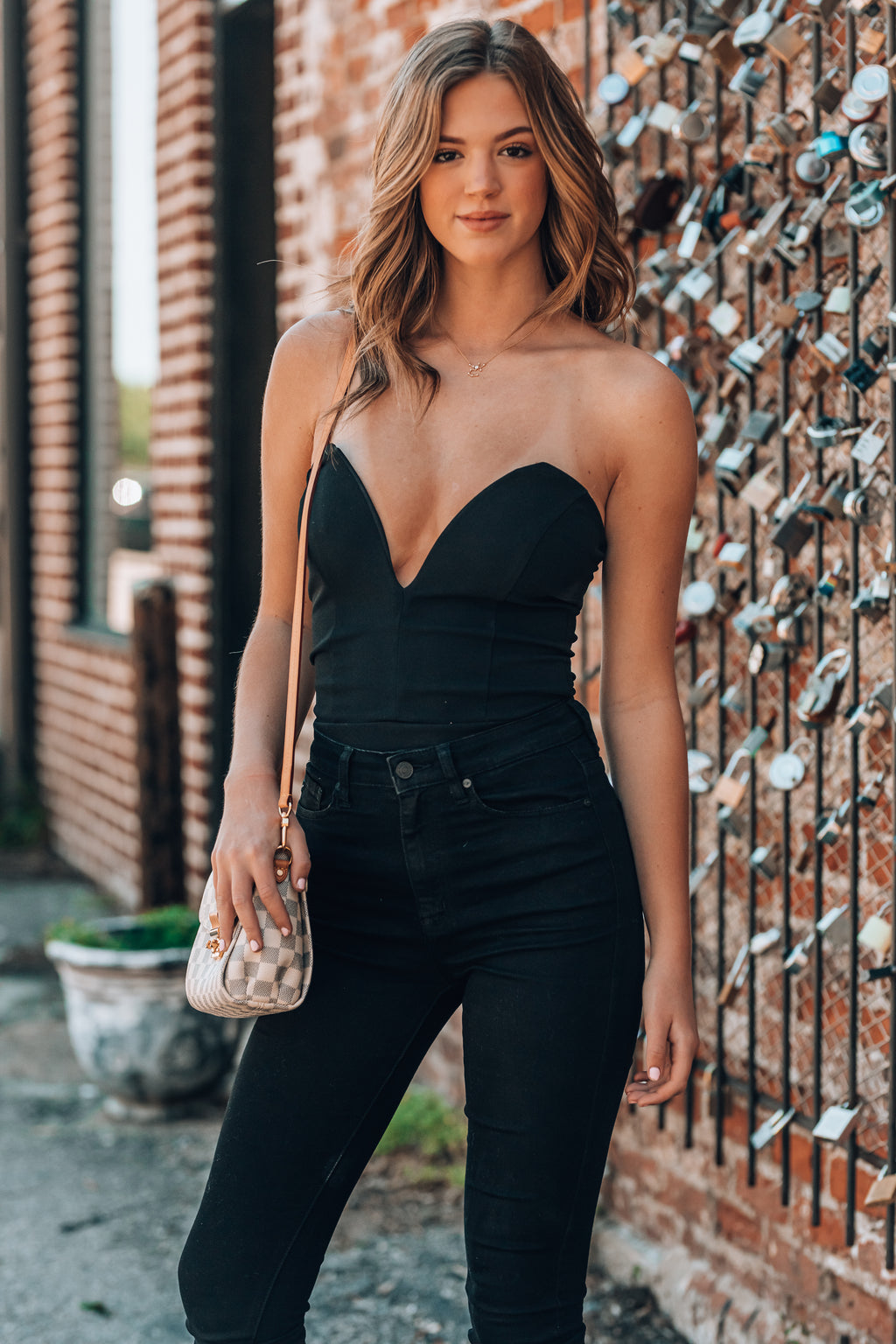 Date Night Deep V Bodysuit (Black)