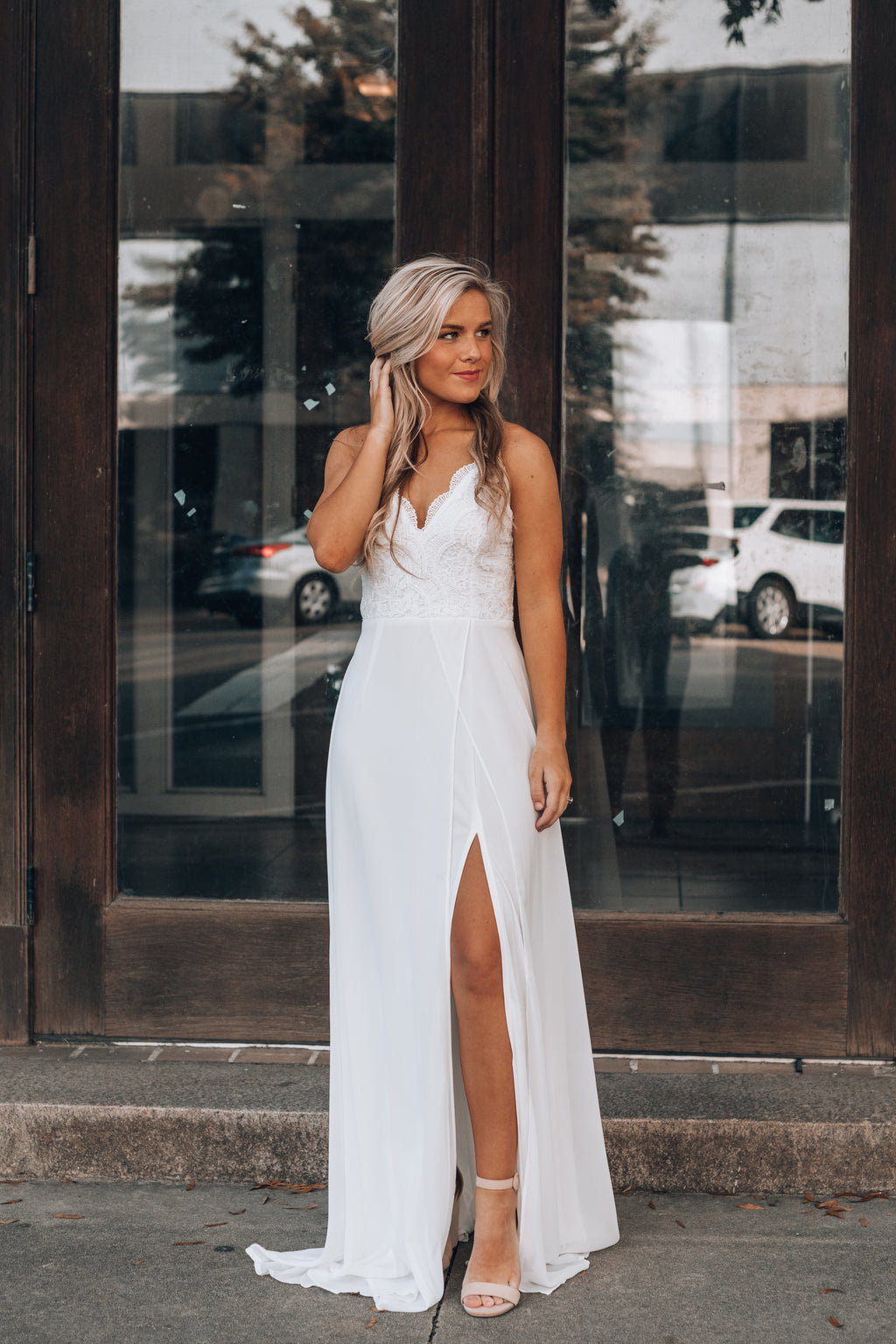Runaway Lace Maxi Gown (White)