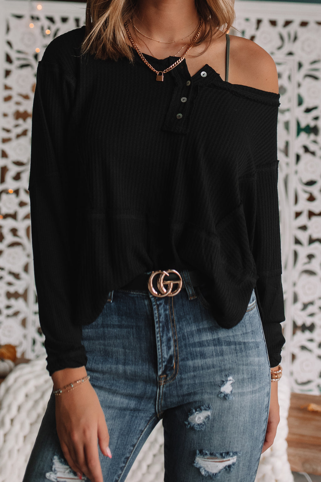 Ivanna Relaxed Henley Top (Black)