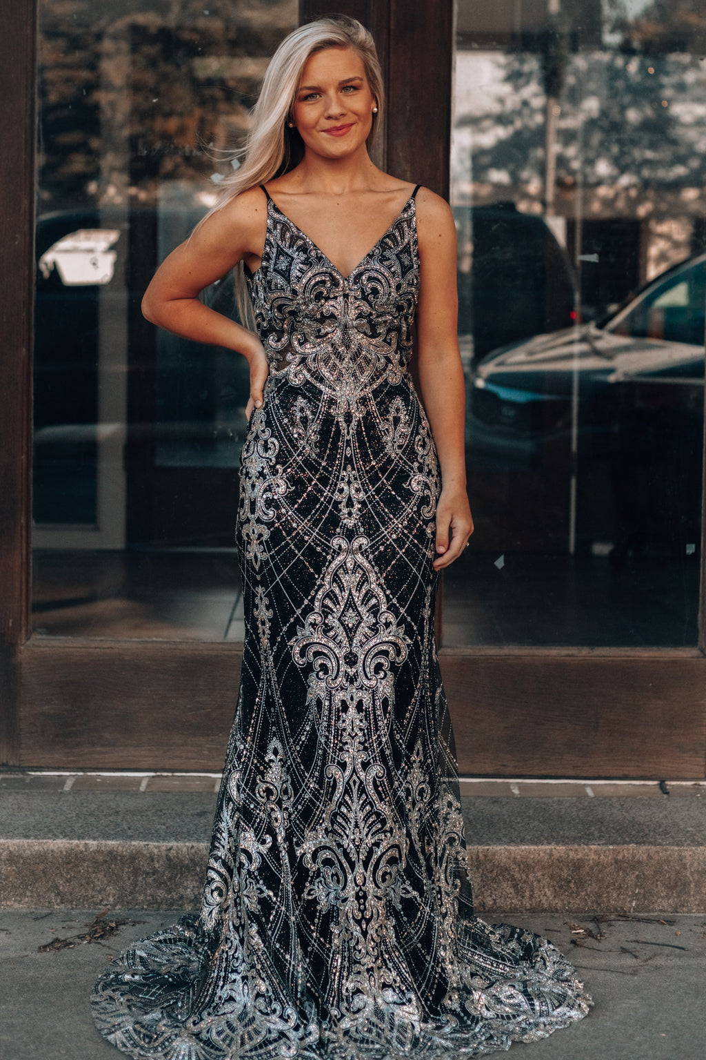 A Night In Paris Maxi Gown (Black)