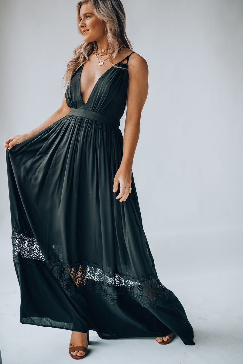 At First Glance Maxi Dress (Black)